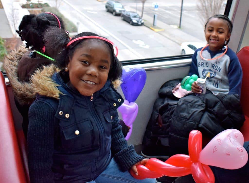 kids-on-monorail