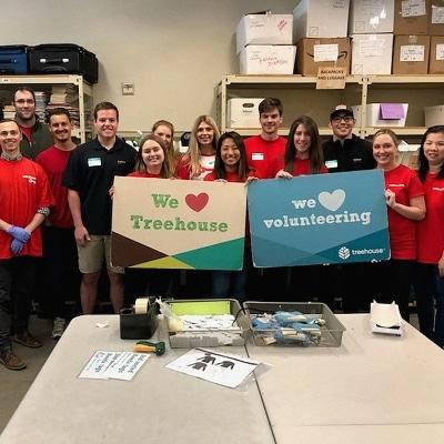 Keybank volunteering